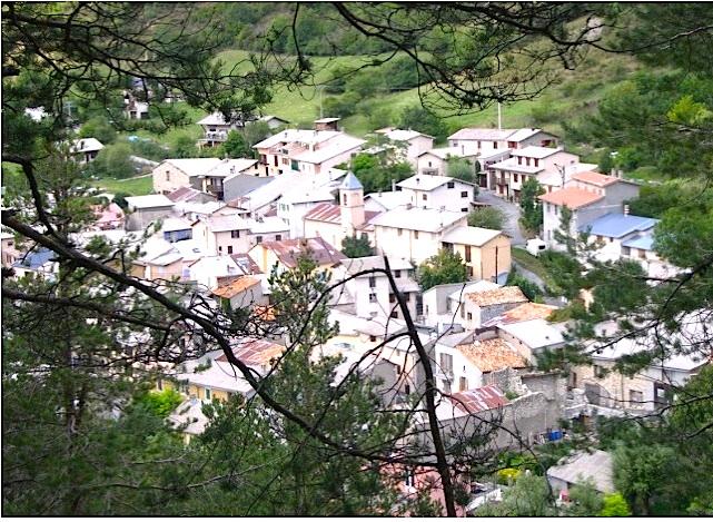 Village.Allons